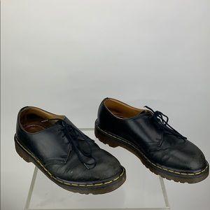 Dr. Martens Laced Shoe Size 6
